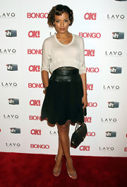 Selita Ebanks looked glam in rose satin peep-toe pumps.