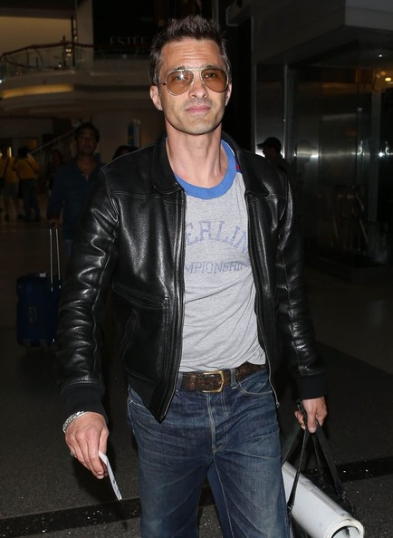 More Pics of Olivier Martinez Classic Jeans (6 of 18) - Jeans Lookbook - StyleBistro
