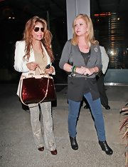 Kathy Hilton rocked a pair of blue skinnies while out to dinner with La Toya Jackson.