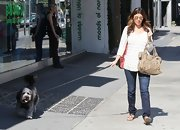Jamie-Lynn Sigler chose classic jeans for a sunny day out with her dog.