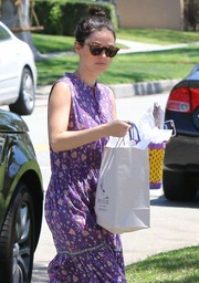 Rachel Bilson stepped out to attend a birthday party wearing a pair of tortoiseshell wayfarers by Elizabeth and James.
