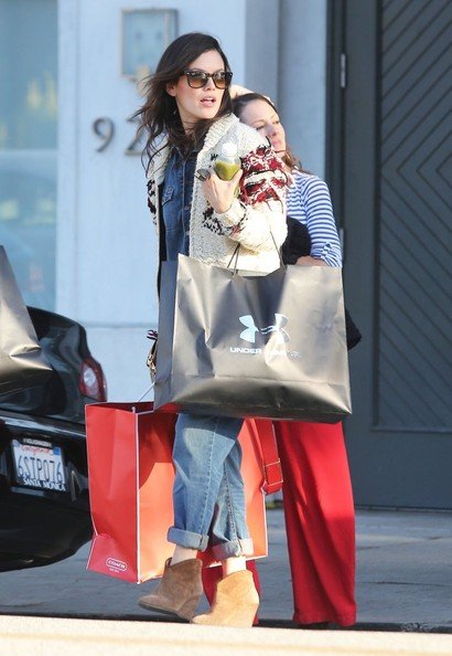More Pics of Rachel Bilson Cardigan (1 of 16) - Rachel Bilson Lookbook - StyleBistro