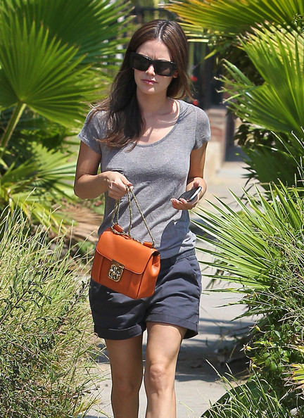 Rachel Bilson's orange Chloe Elsie bag added an ultra-chic touch to her casual outfit.