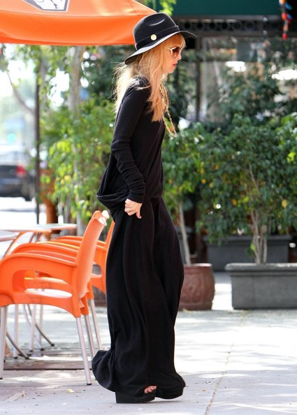 More Pics of Rachel Zoe Maxi Dress (1 of 11) - Maxi Dress Lookbook - StyleBistro