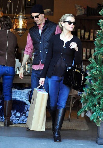 Reese Witherspoon Flat Boots []