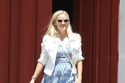 Reese Witherspoon Flat Sandals