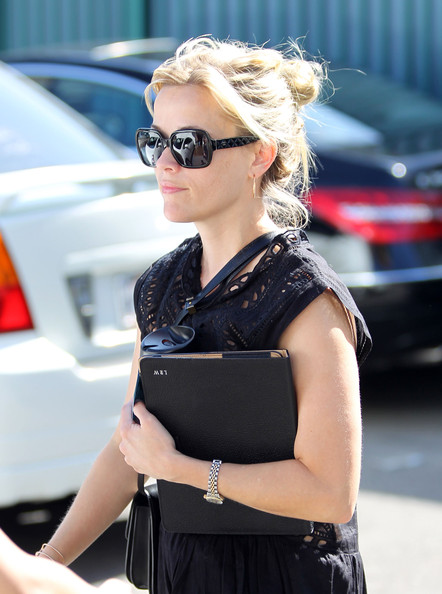 Reese Witherspoon Rectangular Sunglasses []
