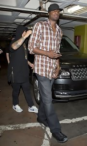 Lamar Odom chose a plaid button down for his clearly casual night-out-look.