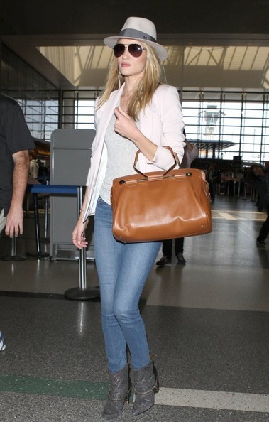 More Pics of Rosie Huntington-Whiteley Leather Tote (1 of 14) - Rosie Huntington-Whiteley Lookbook - StyleBistro