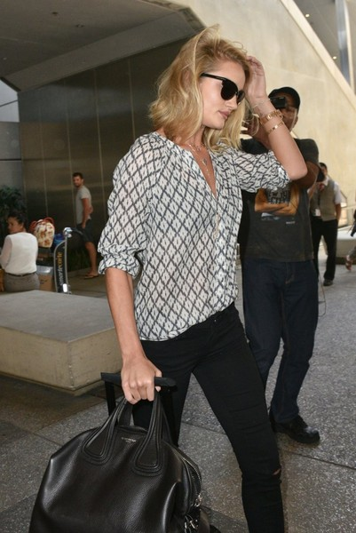 More Pics of Rosie Huntington-Whiteley Rollerboard (1 of 12) - Travel Bags  Lookbook - StyleBistro