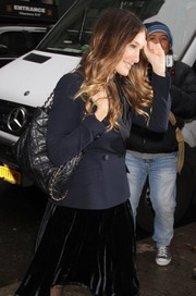 Sarah Jessica Parker arrived for the Cosmo 100 luncheon carrying a chic quilted black bag.