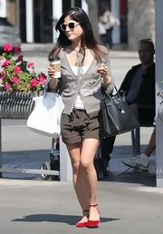 Selma Blair looked comfy and casual while shopping in LA, where the actress sported a fitted gray cardigan.
