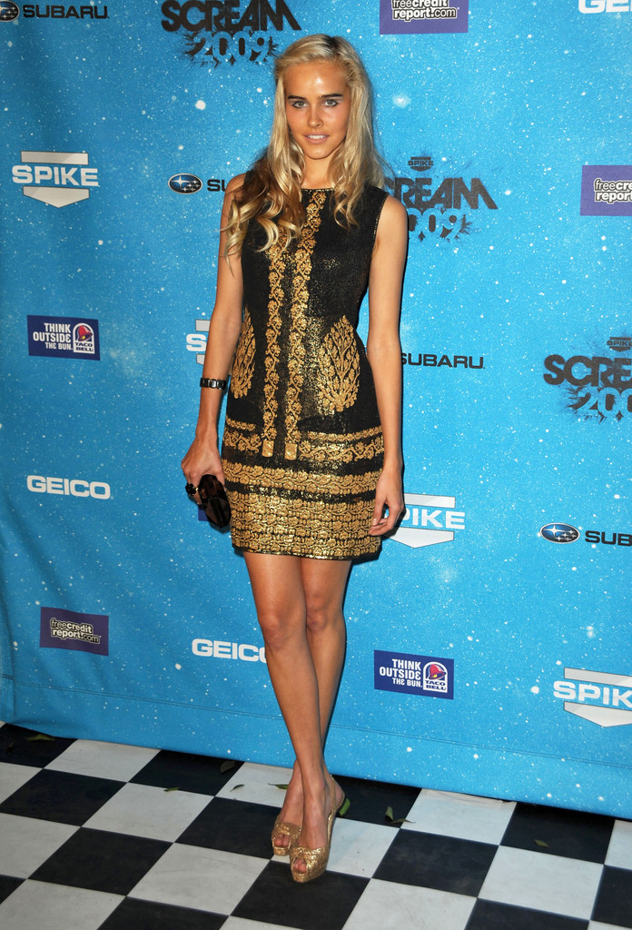 "Celebrities arrive at Spike TV&squot;s ""SCREAM 2009!"" awards in Los Angeles."