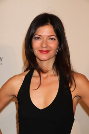 Jill Hennessy wore her long hair in shiny layers at the premiere of 'Luck.'