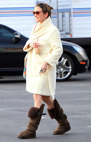 Jessica Stroup stayed cozy on the set of '90210' in a pair of brown sheepskin boots.