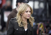 Britt Robertson wore her hair in romantic waves on the set of 'The Secret Circle.'