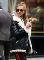 Stella Maxwell was '70s-cool with her butterfly sunnies while out and about in New York City.