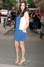 Liv looked elegant at the Stella McCartney Resort presentation in a simple color block shift dress and nude platform sandals.