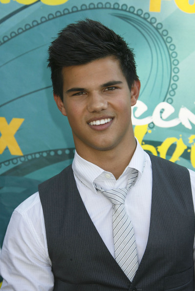 Taylor Lautner Accessories