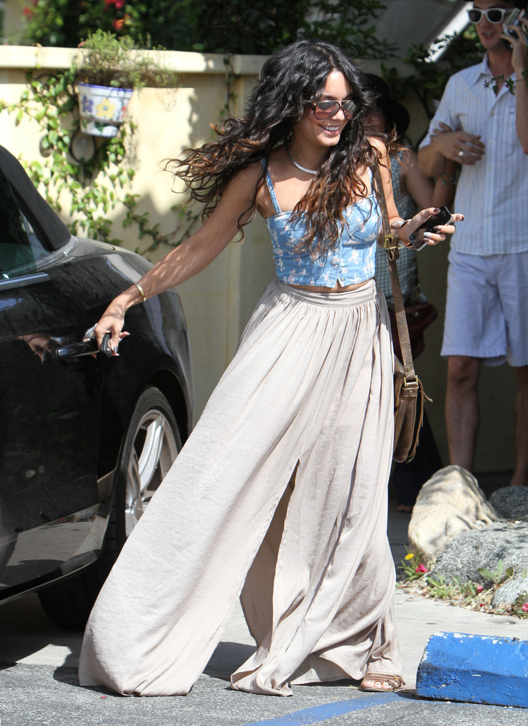 Bustiers And Long Skirts Like Vanessa Hudgens What