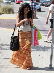 Vanessa showed off her boho-glam style while doing some shopping in Malibu. She topped off her look with a coveted Alexander Wang studded shoulder bag.