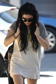 Lisa Origliasso wore her long black hair down as she left the Nova Radio Station.