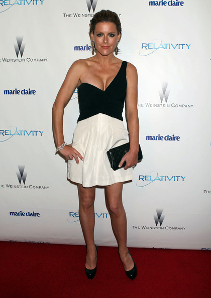 Kathleen wore a dramatic black and white one-shouldered cocktail dress for the Golden Globes after party.