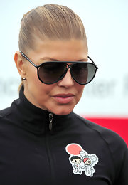 Fergie attended the Youth Run 4 Japan fundraiser in black plastic aviator sunglasses.