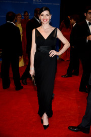 Julianna Margulies looked breathtakingly elegant in a vintage black Jean Desses dress at the White House Correspondents' Association Dinner.