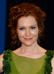 Darby Stanchfield styled her locks into a messy-glam updo for the White House Correspondents' Association Dinner.