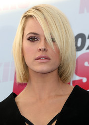 Peta Murgatroyd wore a blonde bob with a deep side part at 102.7 KIIS FM's 2014 Wango Tango.