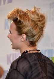 Demi's French Twist had a cool contemporary feel to it, especially with the teasing in the front.