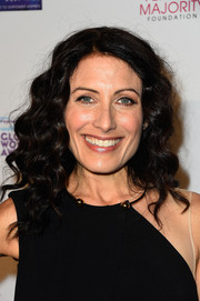 Lisa Edelstein attended the Global Women's Rights Awards wearing her hair in tight curls.