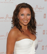 Vanessa Williams showed off her medium curls with a strapless white dress.
