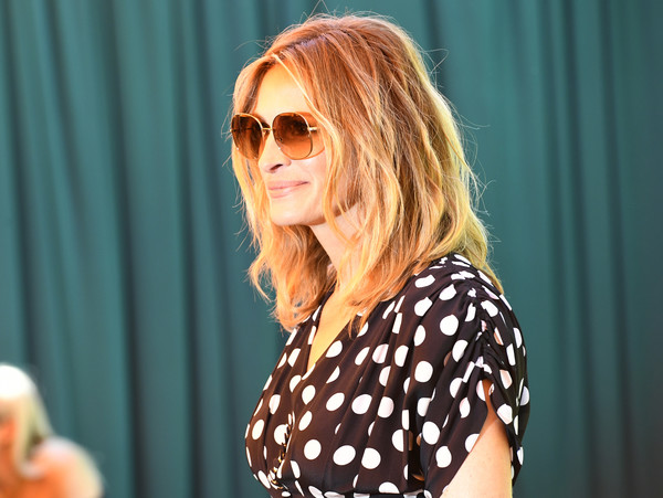 More Pics of Julia Roberts Medium Wavy Cut (1 of 12) - Shoulder Length Hairstyles Lookbook - StyleBistro [eyewear,hair,polka dot,sunglasses,blond,hairstyle,pattern,design,glasses,music,arrivals,julia roberts,los angeles,pacific palisades,california,will rogers state historic park,veuve clicquot polo classic]