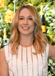 Anna Camp sported shampoo-ad-worthy waves at the 2019 Veuve Clicquot Polo Classic Los Angeles.