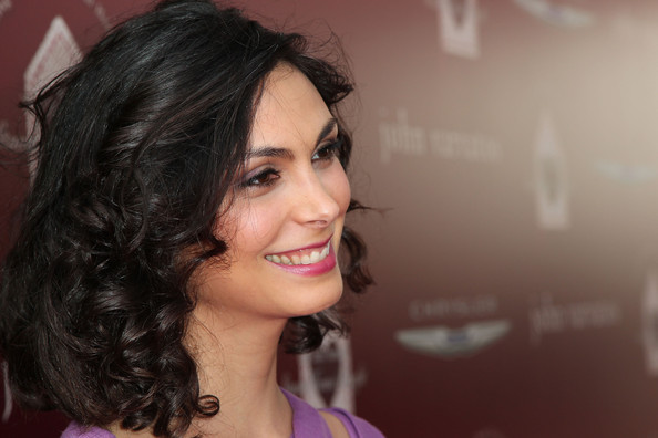 More Pics of Morena Baccarin Medium Curls (6 of 12) - Morena Baccarin Lookbook - StyleBistro