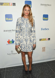 Charlotte Ronson looked quite regal in a fully embroidered blue and white cocktail dress by Valentino during the Brazil Foundation NYC Gala.