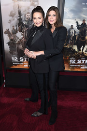 Lynda Carter attended the world premiere of '12 Strong' wearing a black tuxedo.