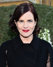 Elizabeth McGovern looked lovely with her short curly hairstyle at the 2015 Tournament of Roses Parade.