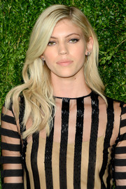 Devon Windsor looked like a living Barbie doll with her perfect blonde waves at the CFDA/Vogue Fashion Fund Awards.