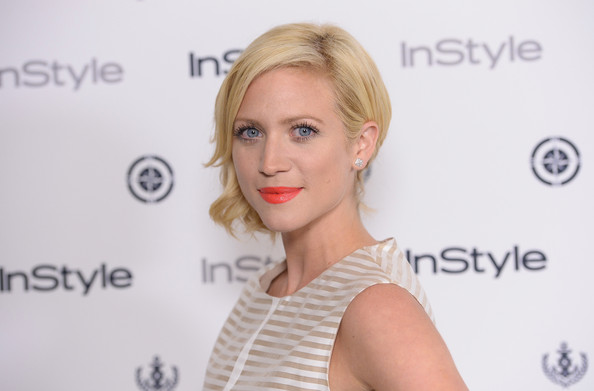 More Pics of Brittany Snow Short Wavy Cut (2 of 14) - Brittany Snow Lookbook - StyleBistro