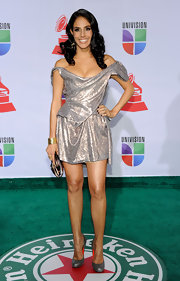 Sandra Echeverria shined on the red carpet at the Latin Grammy Awards. She paired her look with metallic silver pumps.