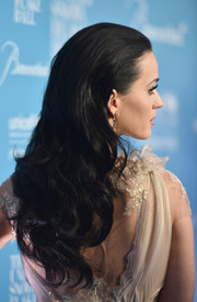 Katy Perry wore her hair in a lovely cascade of curls at the UNICEF Snowflake Ball.