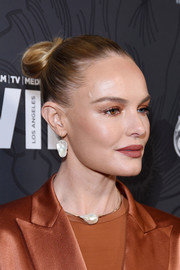 Kate Bosworth styled her hair into a classic bun for the Women in Film Oscar nominees party.