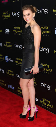 Aimee Teegarden carried a sleek black clutch to the Young Hollywood Awards.