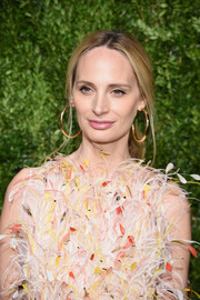 Lauren Santo Domingo rocked a pair of oversized gold hoops at the CFDA/Vogue Fashion Fund Awards.