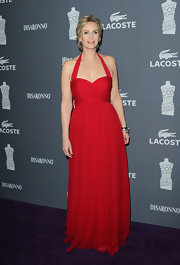 Jane Lynch wore a magnificent red gown to the Costume Designers Guild Awards.