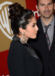Vanessa Bryant looked ultra glam at the Golden Globes after-party with her hair in a top knot.