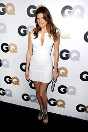 Lake Bell was chic in a simple white dress at the GQ soiree in LA. She topped off her look with darkly chic strappy sandals.
